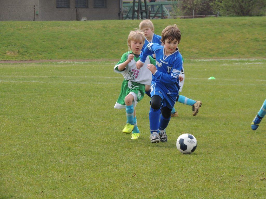 Niños disfrutando el entrenamiento