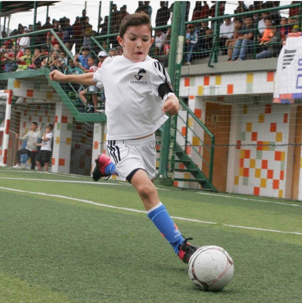 Alex Leiderman jugador insignia del Club Hebraica Sub10